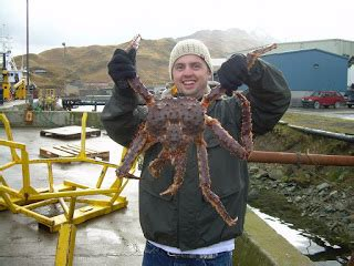 LeslieKellywhininganddining: Catch some king crab from