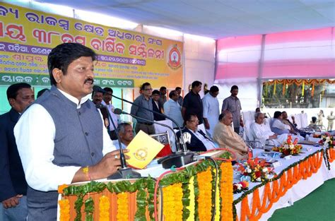 Odisha government hiked stipend of house surgeons of major