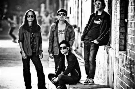 Does the Eraserheads' song 'Spolarium' tell of the rape of