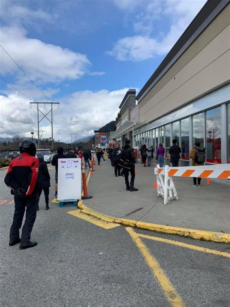 COVID-19 restrictions create lineups at one Squamish post