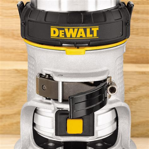 Toolstop Dewalt D26200 1/4in Fixed Base Compact Router 240V